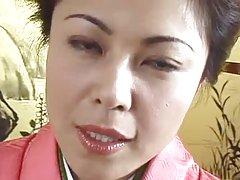 40 il qadim geisha Ġappuniżi rubs sucks fucks vit (uncensored)